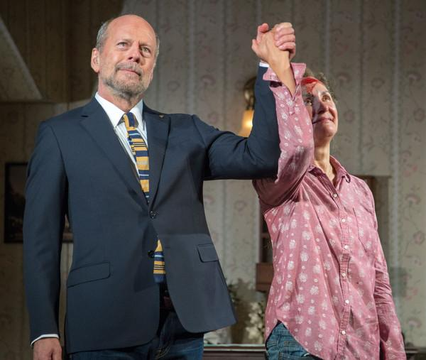 Present Bruce Willis and Laurie Metcalf in Misery by William Goldman